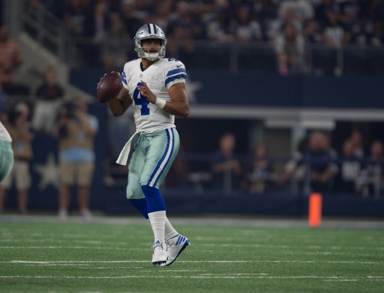 Dak Prescott Takes Off For 20 Yard Td Run Vs Dolphins Video