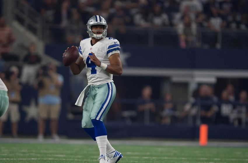 Dak Prescott takes off for 20-yard TD run vs Dolphins (Video)
