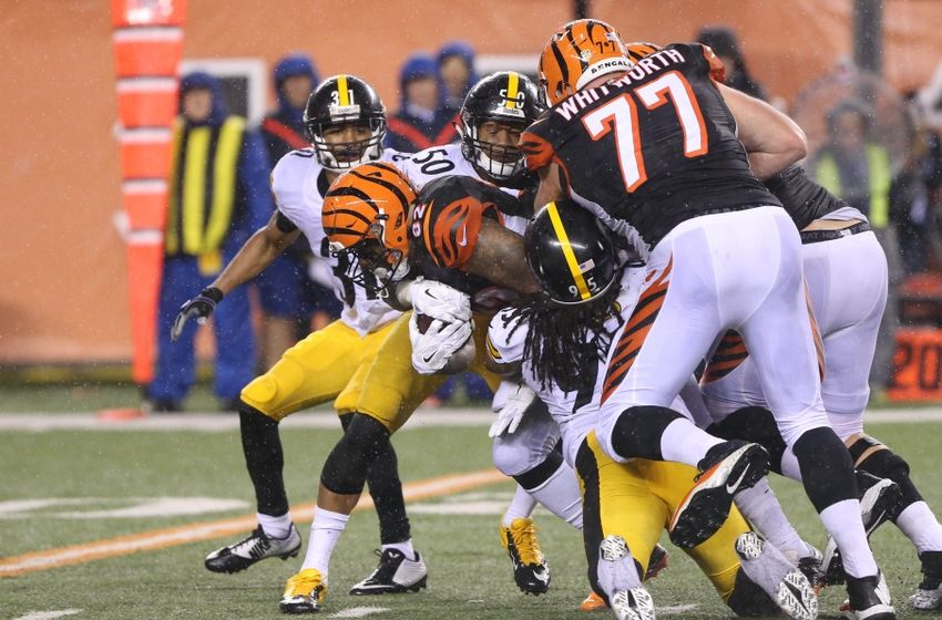Jan 9, 2016; Cincinnati, OH, USA; Cincinnati Bengals running back Jeremy Hill (32) against the Pittsburgh Steelers during a AFC Wild Card playoff football game at Paul Brown Stadium. Mandatory Credit: Aaron Doster-USA TODAY Sports