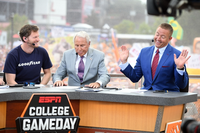 what ncaa football games are on today what time is college gameday