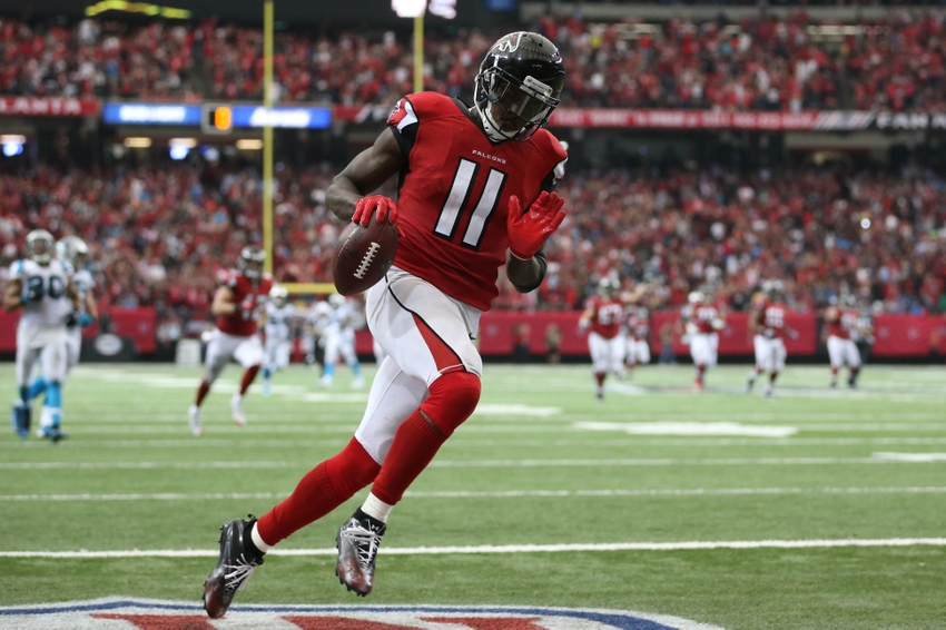Ryan throws for 4 TDs to lead Falcons over Bucs 43-28