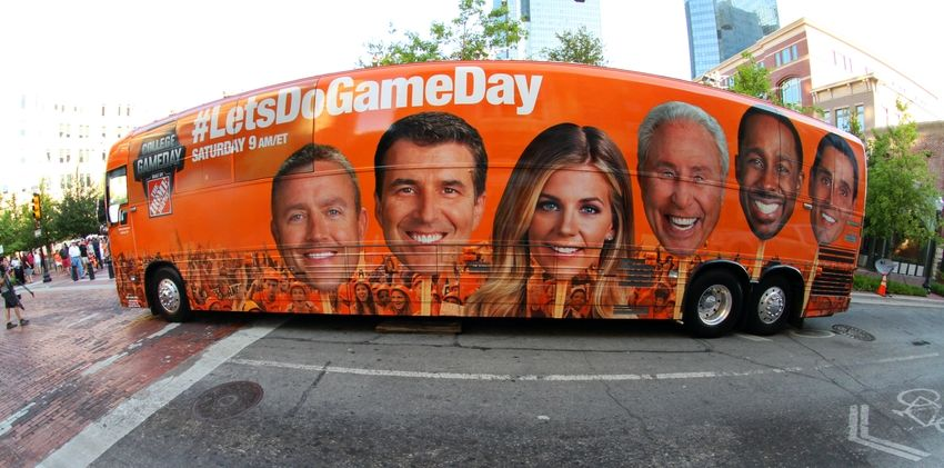 gameday espn schedule what college football games are on today