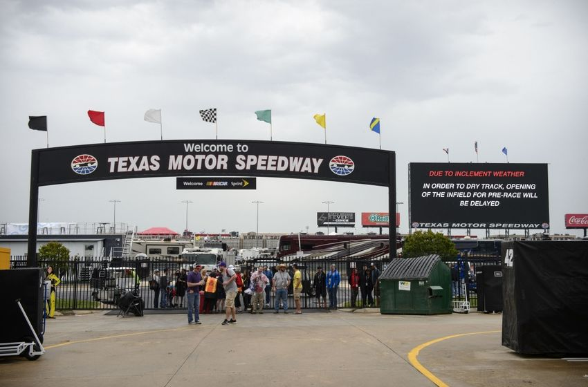 sprint cup series aaa texas 500 weekend tv and radio schedule