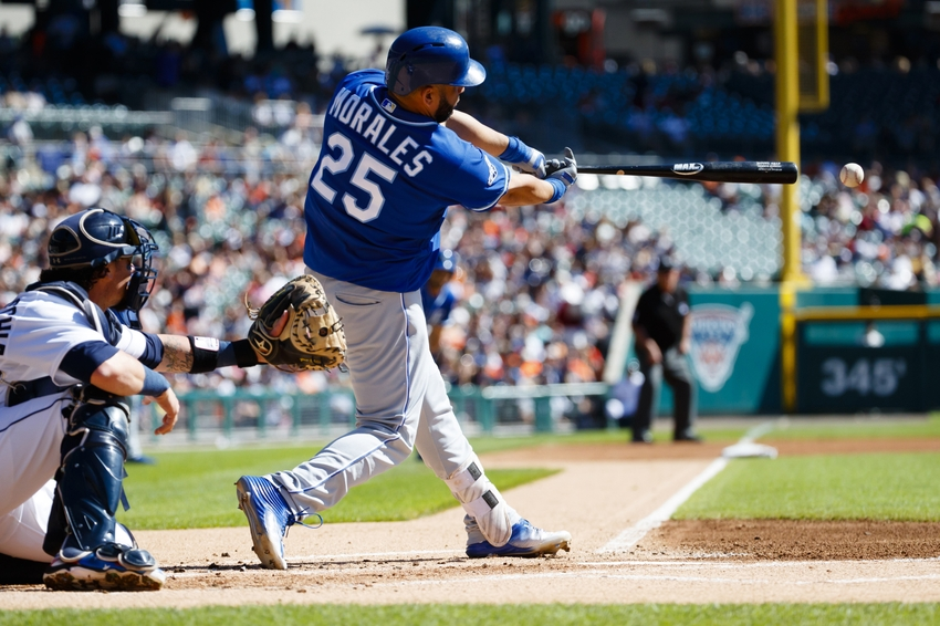 Sep 25, 2016; Detroit, MI, USA; Kansas City Royals designated hitter Kendrys Morales (25) hits an RBI double in the first inning against the Detroit Tigers at Comerica Park. Mandatory Credit: Rick Osentoski-USA TODAY Sports