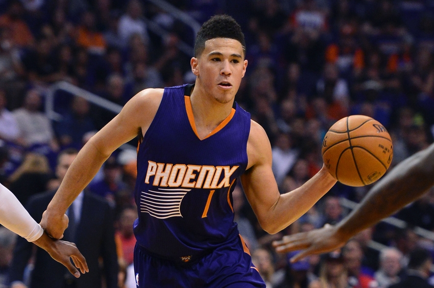 Devin Booker ties game at buzzer (Video)