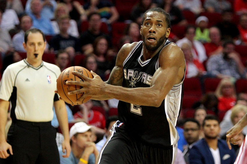 Nov 12, 2016; Houston, TX, USA; San Antonio Spurs forward Kawhi Leonard (2) drives towards the basket against the Houston Rockets during the first quarter at Toyota Center. Mandatory Credit: Erik Williams-USA TODAY Sports