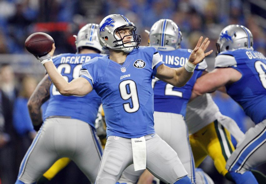 Jan 1, 2017; Detroit, MI, USA; Detroit Lions quarterback Matthew Stafford (9) throws the ball during the first quarter against the Green Bay Packers at Ford Field. Mandatory Credit: Raj Mehta-USA TODAY Sports