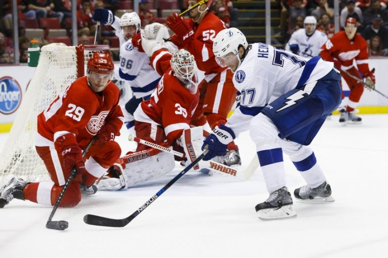 Victor-hedman-nhl-tampa-bay-lightning-detroit-red-wings-768x0