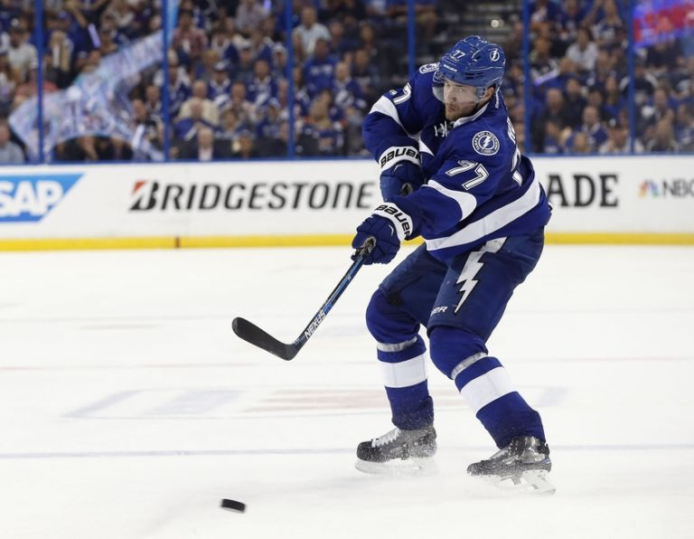 Tampa Bay Lightning D Victor Hedman Scores 2 Goals In Knockout Video