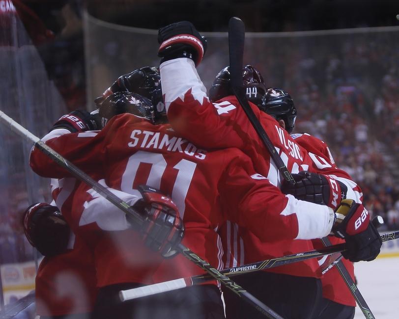 9562095-marc-edouard-vlasic-steven-stamkos-sidney-crosby-hockey-world-cup-of-hockey-semifinals-russia-vs-canada