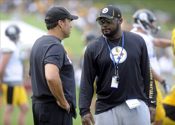 Jul 29, 2013; Latrobe, PA, USA; Pittsburgh Steelers offensive coordinator Todd Haley talks with Pittsburgh Steelers head coach Mike Tomlin during practice at St. Vincent College. Mandatory Credit: Vincent Pugliese-USA TODAY Sports