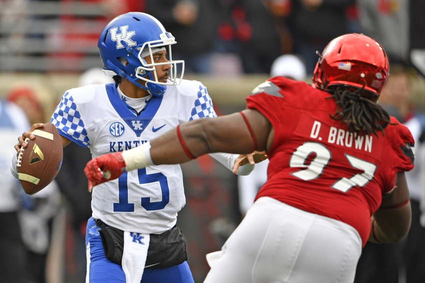 Kentucky Upsets No. 11 Louisville 41-38