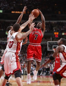 83007875SD014_MIAMI_HEAT_V_