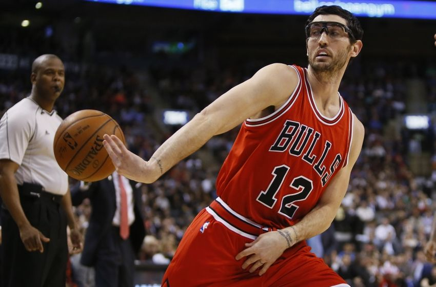 Bulls G Kirk Hinrich Frustrates Fans By Picking Up Option