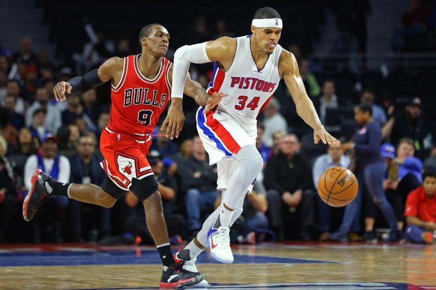 b035ff9e Dec 6, 2016; Auburn Hills, MI, USA; Chicago Bulls guard Rajon Rondo (9)  fouls Detroit Pistons forward Tobias Harris (34) in the second half at The  Palace of ...