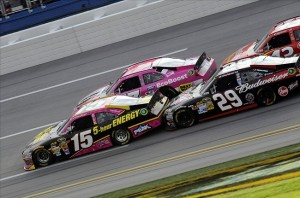 NASCAR: Good Sam Roadside Assistance 500