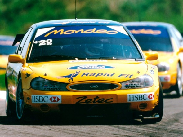 Menu fought off stiff competition in 2000 from his Ford team-mates to take a second title. Credit: autowp.ru