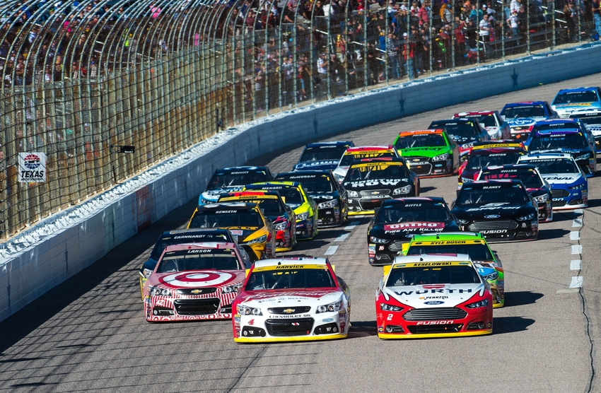 Nascar five drivers most likely to win at texas for Texas motor speedway 2015 schedule