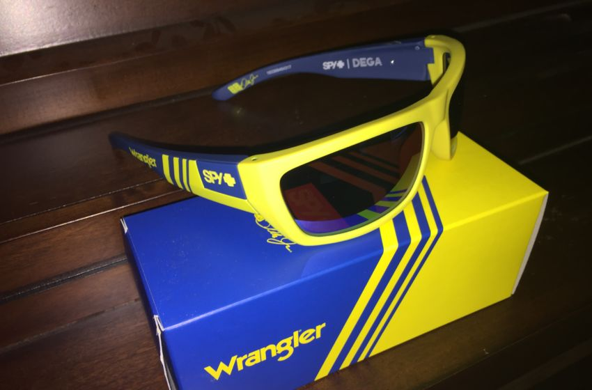 Dale Jr Spy Sunglasses  nascar new dale jr wrangler sunglasses at all star race