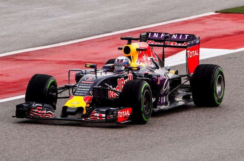 2016 Malaysian Grand Prix Results: Daniel Ricciardo Survives