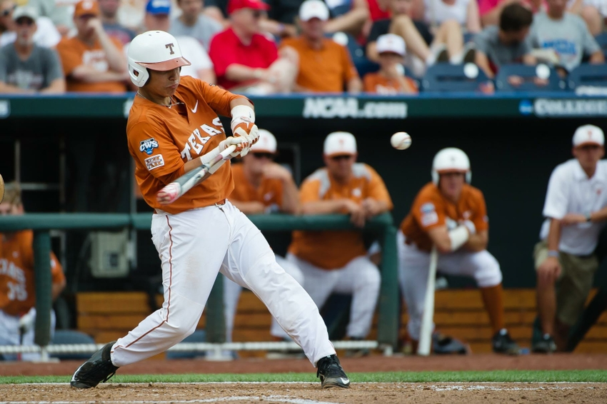 Ncaa-baseball-college-world-series-texas-vs-uc-irvine1