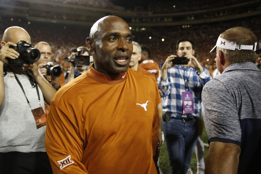 9520723-charlie-strong-ncaa-football-notre-dame-texas