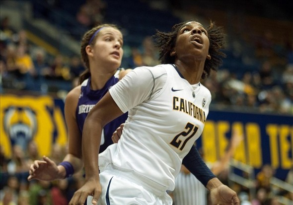 Nov 24, 2013; Berkeley, CA, USA; California Golden Bears forward Reshanda Gray (21) and Northwestern Wildcats forward Alex Cohen (5) fight for position under the basket during the first half at Haas Pavilion. Mandatory Credit: Ed Szczepanski-USA TODAY Sports