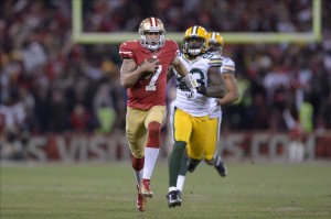 Jan 12, 2013; San Francisco, CA, USA; San Francisco 49ers quarterback Colin Kaepernick (7) runs the ball past Green Bay Packers outside linebacker Erik Walden (93) and inside linebacker Brad Jones (59) for a touchdown during the third quarter of the NFC divisional round playoff game at Candlestick Park. Mandatory Credit: Kirby Lee-USA TODAY Sports