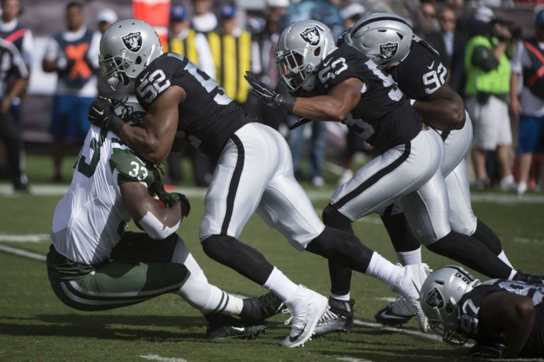 Khalil-mack-chris-ivory-nfl-new-york-jets-oakland-raiders-768x0