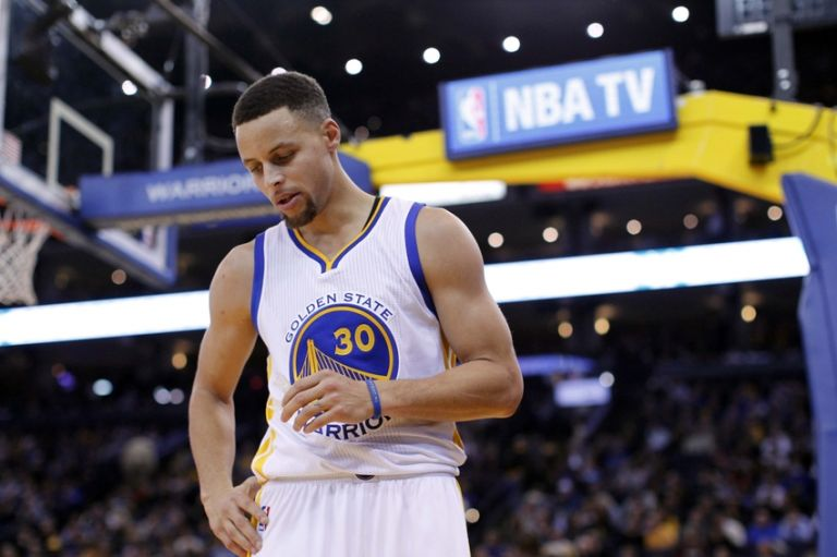 Stephen-curry-nba-dallas-mavericks-golden-state-warriors-768x0