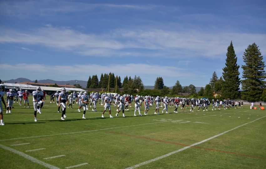Nfl-oakland-raiders-training-camp-850x541
