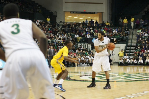 Pierria Henry's 25 points led the way for the Charlotte 49ers on Saturday night (photo courtesy Kevin Harbin, Pick Axe Digest staff photographer)