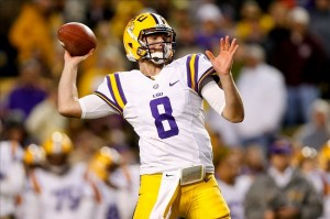 Nov 23, 2013; Baton Rouge, LA, USA; LSU Tigers quarterback Zach Mettenberger (8) throws against the Texas A