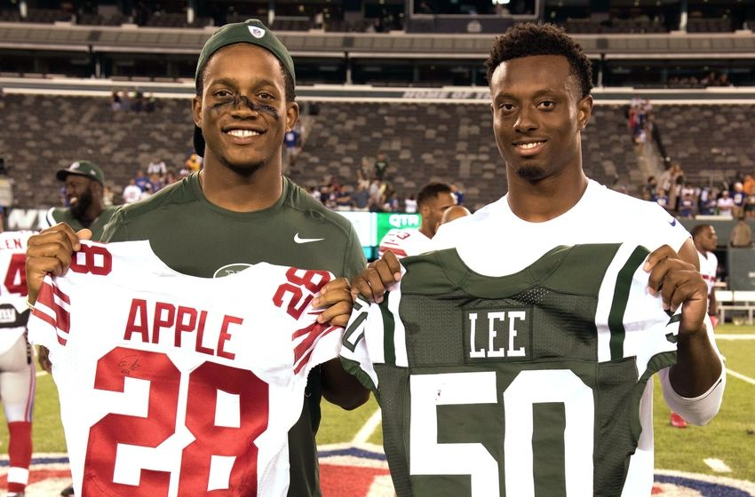 Aug 27, 2016; East Rutherford, NJ, USA;New York Giants cornerback Eli Apple (28) and New York Jets outside linebacker Darron Lee (50) at MetLife Stadium. New York Giants defeat the New York Jets 21-20. Mandatory Credit: William Hauser-USA TODAY Sports