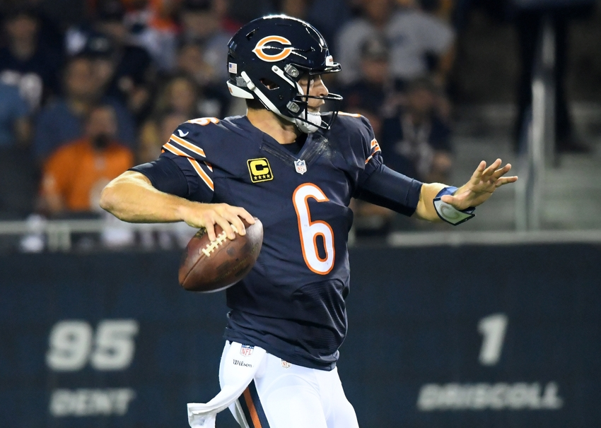 Sep 19, 2016; Chicago, IL, USA; Chicago Bears quarterback Jay Cutler (6) drops back to pass against the Philadelphia Eagles during the first quarter at Soldier Field. Mandatory Credit: Mike DiNovo-USA TODAY Sports