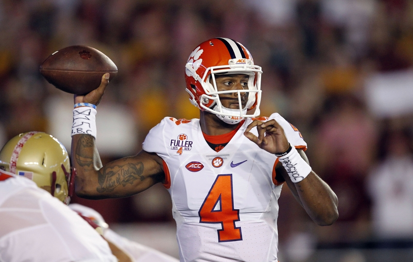 9592987-deshaun-watson-ncaa-football-clemson-boston-college