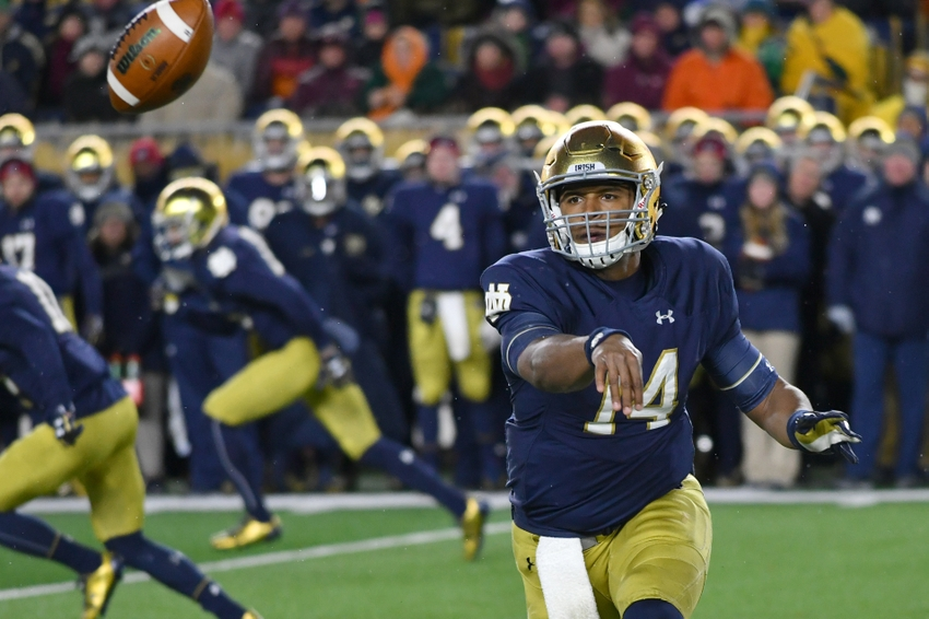 Nov 19, 2016; South Bend, IN, USA; Notre Dame Fighting Irish quarterback DeShone Kizer (14) passes the ball in the third quarter against the Virginia Tech Hokies at Notre Dame Stadium. Virginia Tech won 34-31. Mandatory Credit: Matt Cashore-USA TODAY Sports