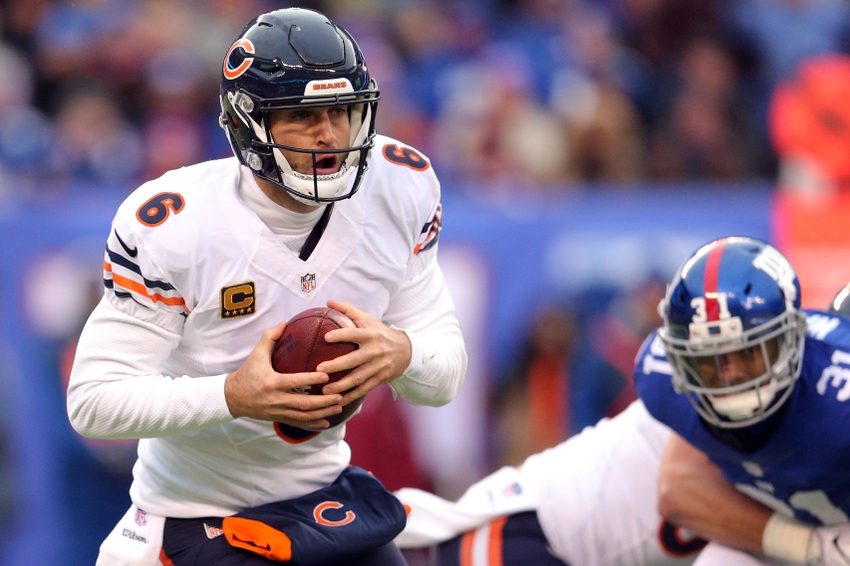 Nov 20, 2016; East Rutherford, NJ, USA; Chicago Bears quarterback Jay Cutler (6) runs with the ball against the New York Giants during the third quarter at MetLife Stadium. Mandatory Credit: Brad Penner-USA TODAY Sports