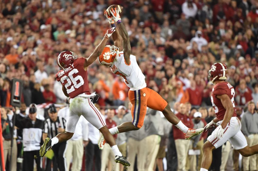 Jan 9, 2017; Tampa, FL, USA; Clemson Tigers wide receiver Mike Williams (7) makes a catch while defended by Alabama Crimson Tide defensive back Marlon Humphrey (26) during the fourth quarter in the 2017 College Football Playoff National Championship Game at Raymond James Stadium. Mandatory Credit: Steve Mitchell-USA TODAY Sports