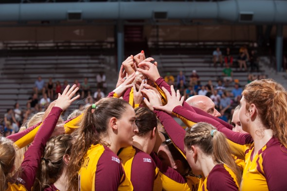 Gophers Volleyball Defeat Ball State 3-0