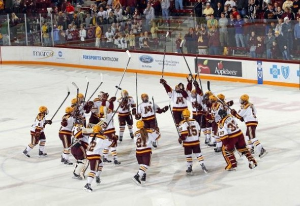 Minnesota women's hockey sweeps Wisconsin Stick Salute