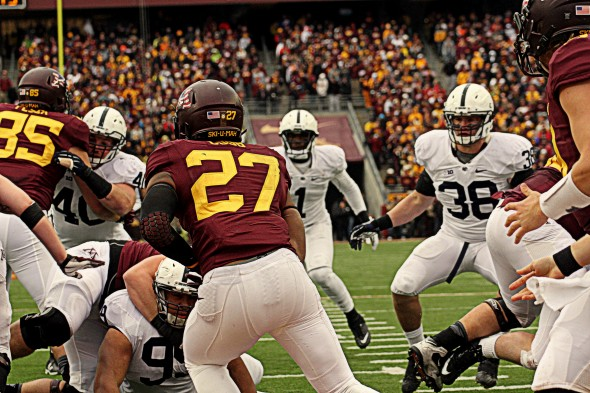 Minnesota football versus Penn State - David Cobb