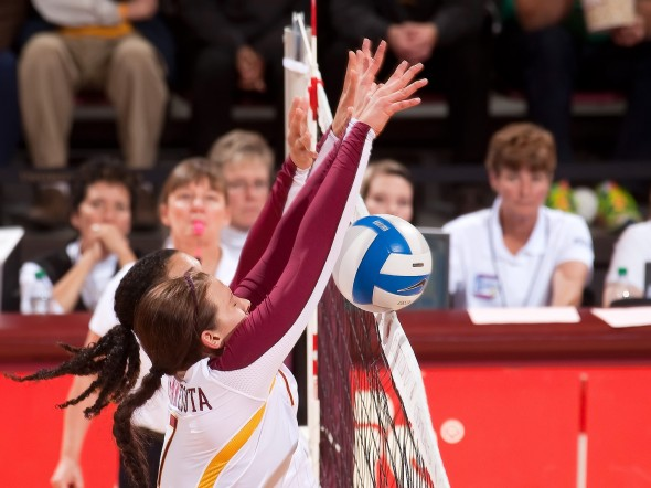 Minnesota Volleyball - Santana Tapp Block