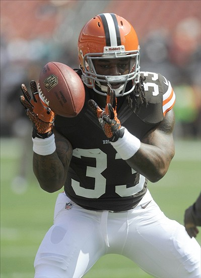 Sep 8, 2013; Cleveland, OH, USA; Cleveland Browns running back Trent Richardson (33) warms up before the game against the Miami Dolphins at FirstEnergy Stadium. Mandatory Credit: Ken Blaze-USA TODAY Sports