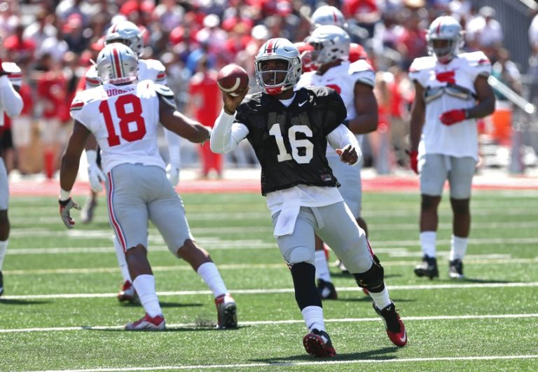 9253724-j.t.-barrett-ncaa-football-ohio-state-spring-game-768x531