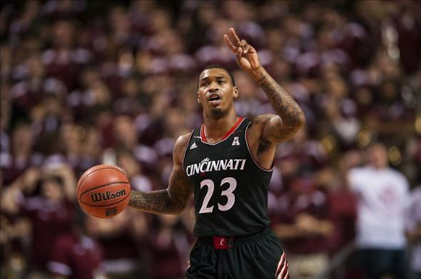 Jan 26, 2014; Philadelphia, PA, USA; Cincinnati Bearcats guard Sean Kilpatrick (23) brings the ball up court during the first half against the Temple Owls at the Liacouras Center. Cincinnati defeated Temple 80-76. Mandatory Credit: Howard Smith-USA TODAY Sports