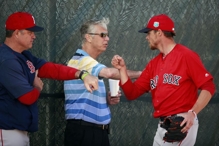 9125869-john-farrell-dave-dombrowski-clay-buchholz-mlb-boston-red-sox-workouts