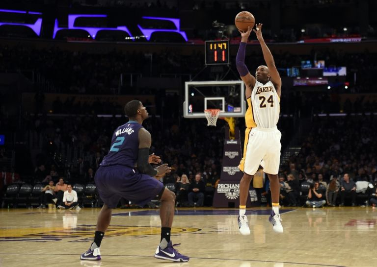 Marvin-williams-kobe-bryant-nba-charlotte-hornets-los-angeles-lakers-768x0