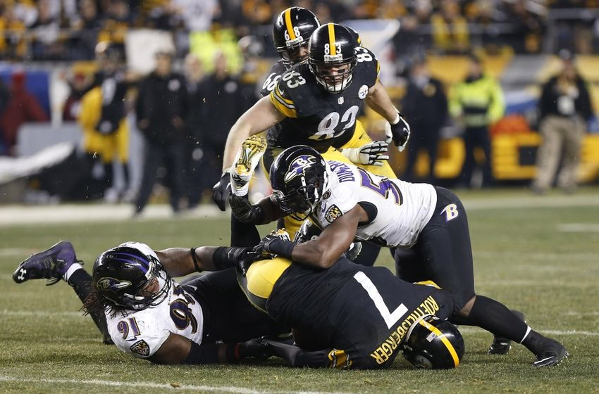 Michael Vick flawless Fill-In For Injured Steelers QB Ben — NFL News & Rumors