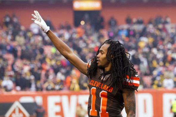Jan 3, 2016, Cleveland, OH, USA; Cleveland Browns wide receiver Travis Benjamin (11) waves to fans prior to the game against the Pittsburgh Steelers at FirstEnergy Stadium. Mandatory Credit: Scott R. Galvin-USA TODAY Sports